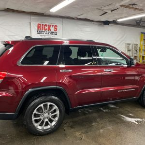Red Cherokee after detail