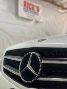 Benz emblem